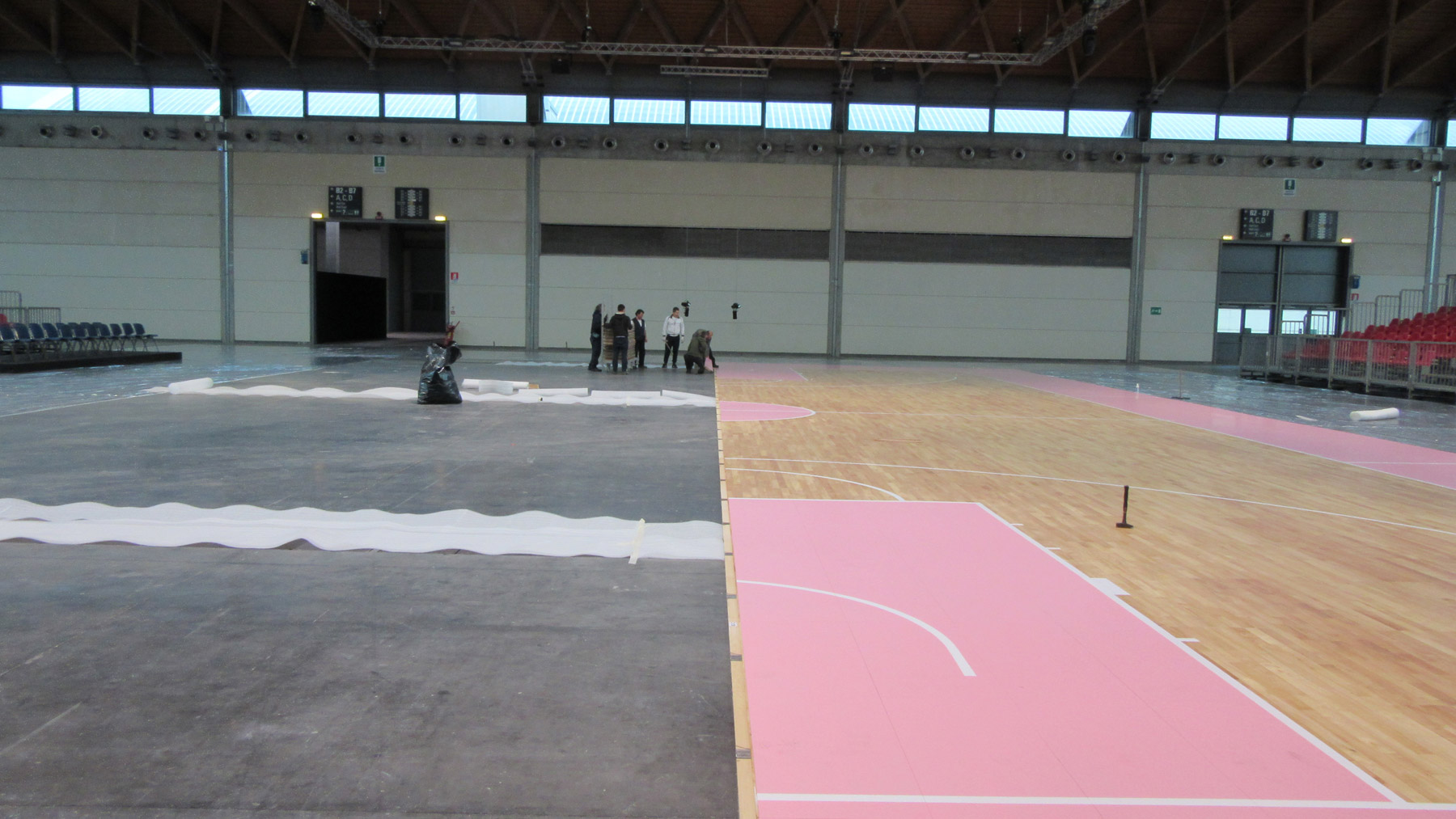 Portable sports floor Dalla Riva pink parquet basketball 2016