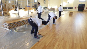 The assembly of a removable sports floor Dalla Riva Sportfloors takes about three hours