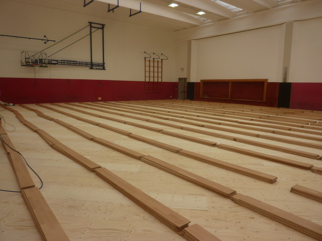 Installation phases of new parquet Dalla Riva Sportfloors in Gordona