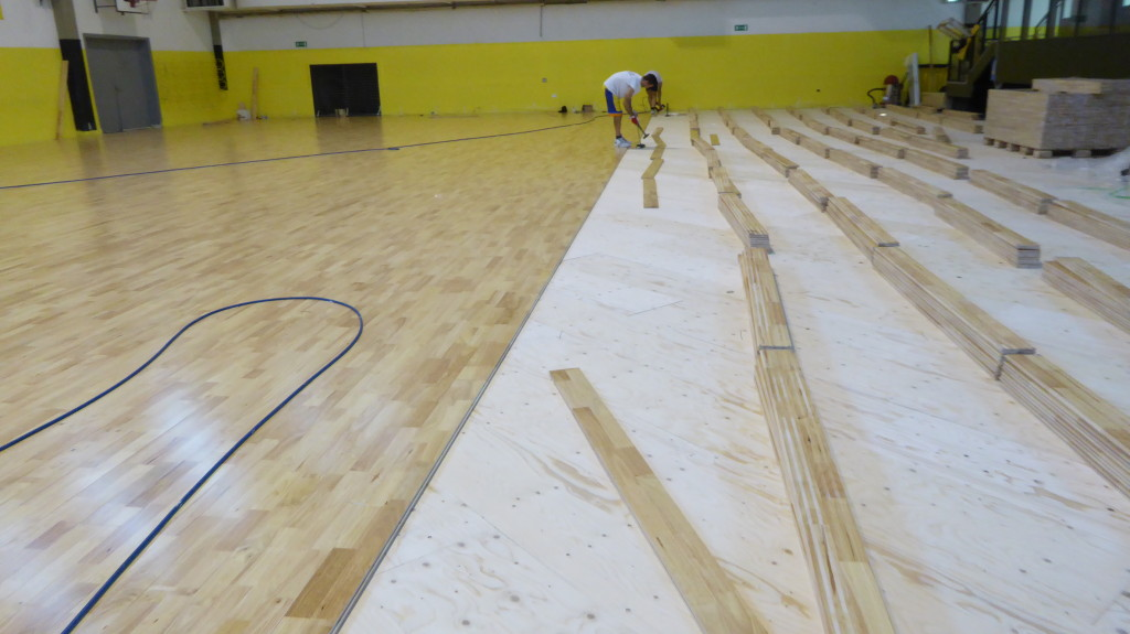 The replacement of the sports parquet in medicina was a necessary act because the bounce ball was seriously compromised