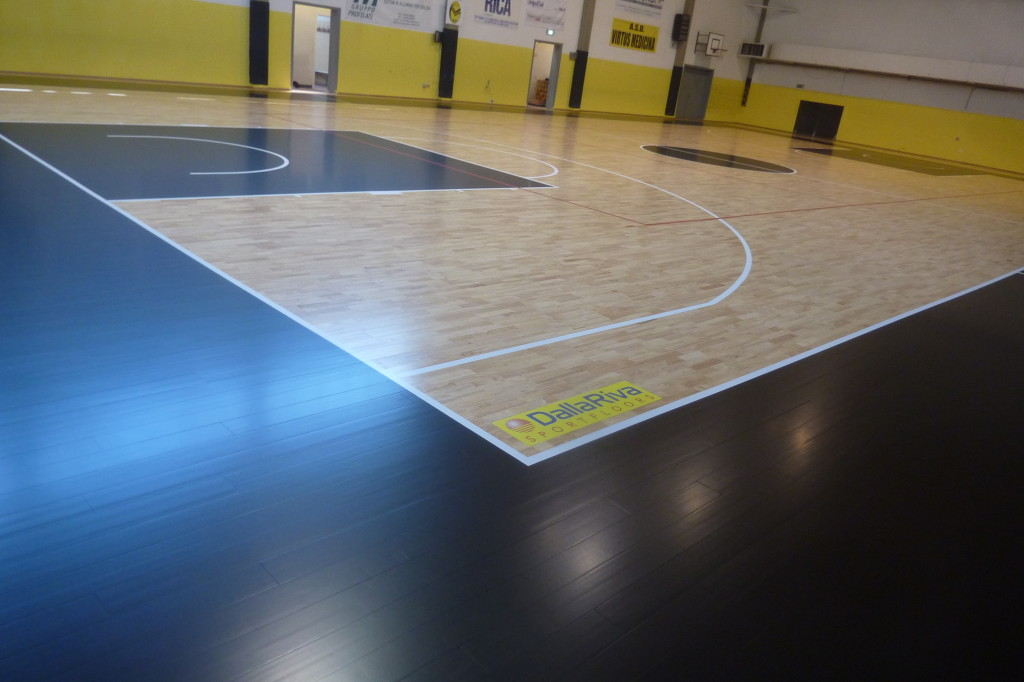 A result simply stunning, with new floors, the gym of medicina, it seems another ...