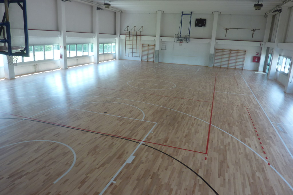 Satisfied administrators and users of the gyms of Pasian di Prato for accomplishments signed Dalla Riva Sportfloors