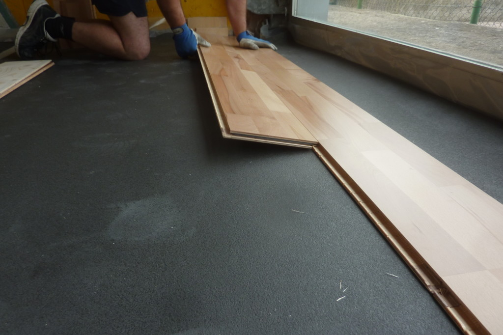A detail of the new sports floor given by the brand DR called Elastic Wood 22
