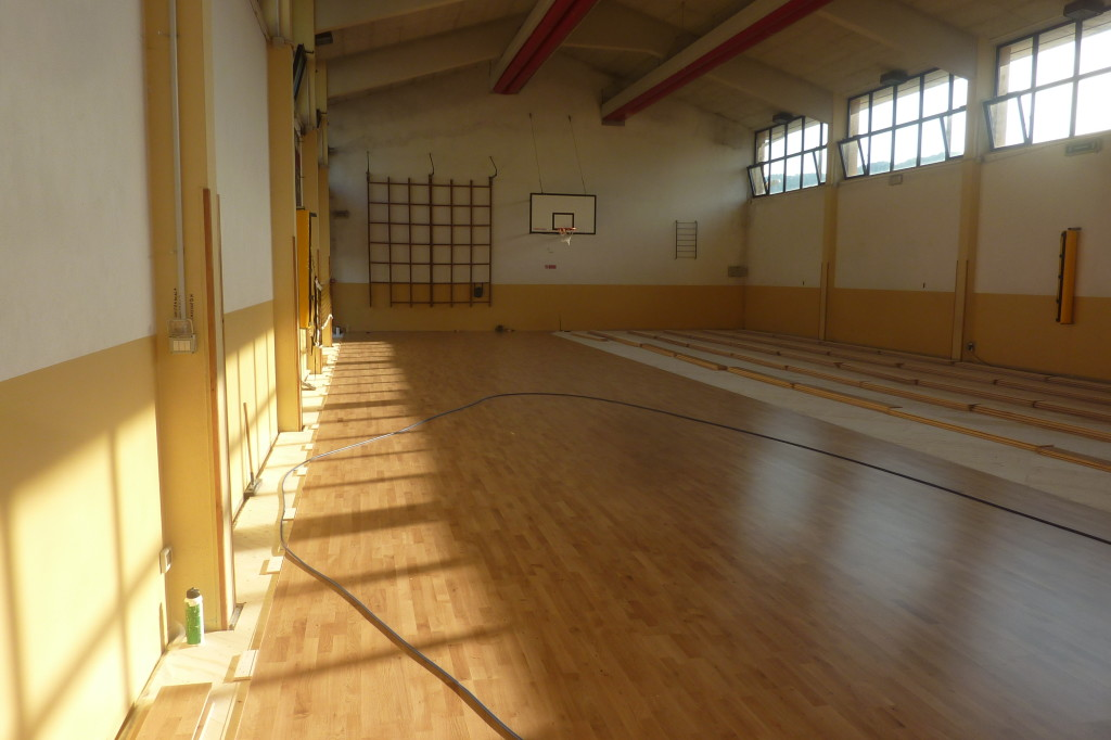 A Cornedo Vicentino Dalla Riva Sportfloors performed the operation to replace the sports floor in just three days, a record!