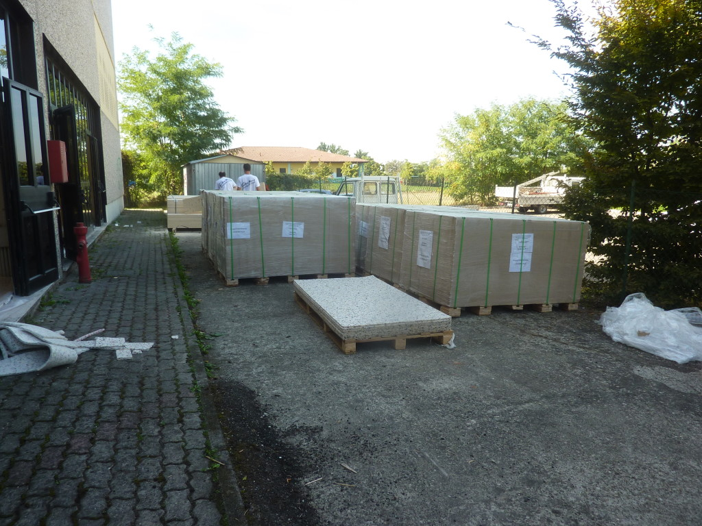 Material placed outside the gym of Gossolengo ready to be installed by Dalla Riva Sportfloors