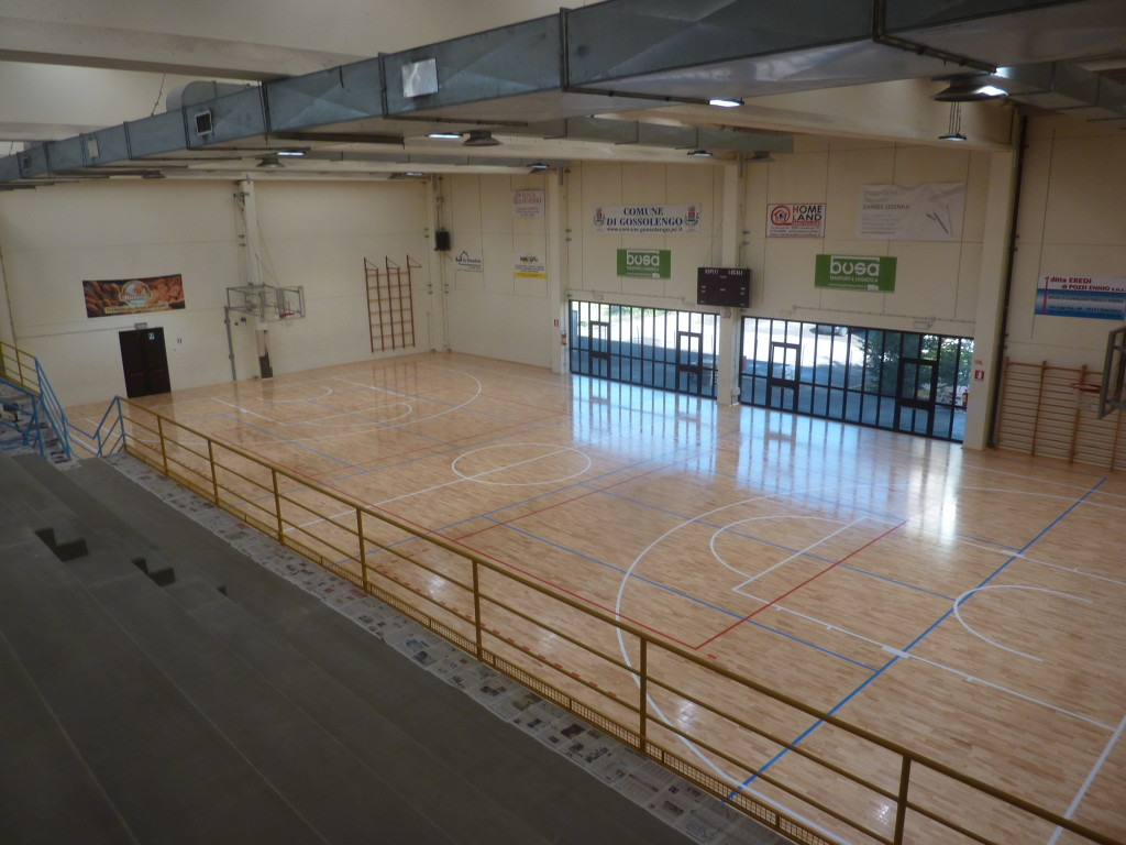 On the new sports floor of Piacenza were plotted three fields for volleyball and one for basketball