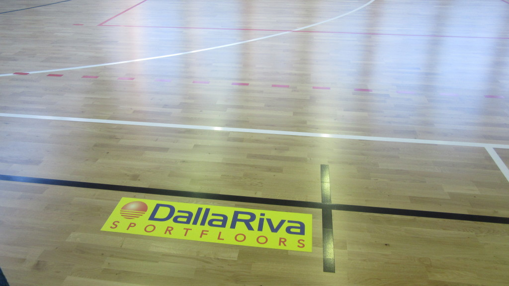 Do as Cerro, do not remove your old floor, overlap with a new sports parquet by Dalla Riva Sportfloors