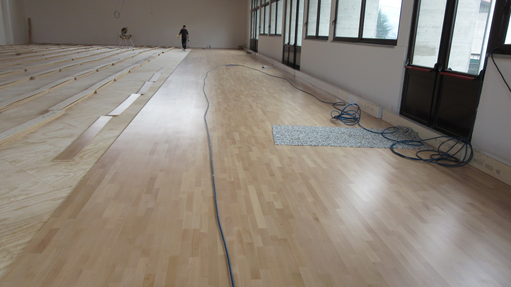The sports parquet pattern Playwood 4 is suitable to host competitive activities