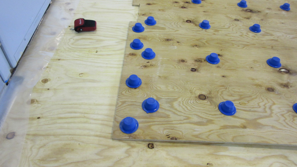 Another detail of the flooring substructure provided by DR called Jump System