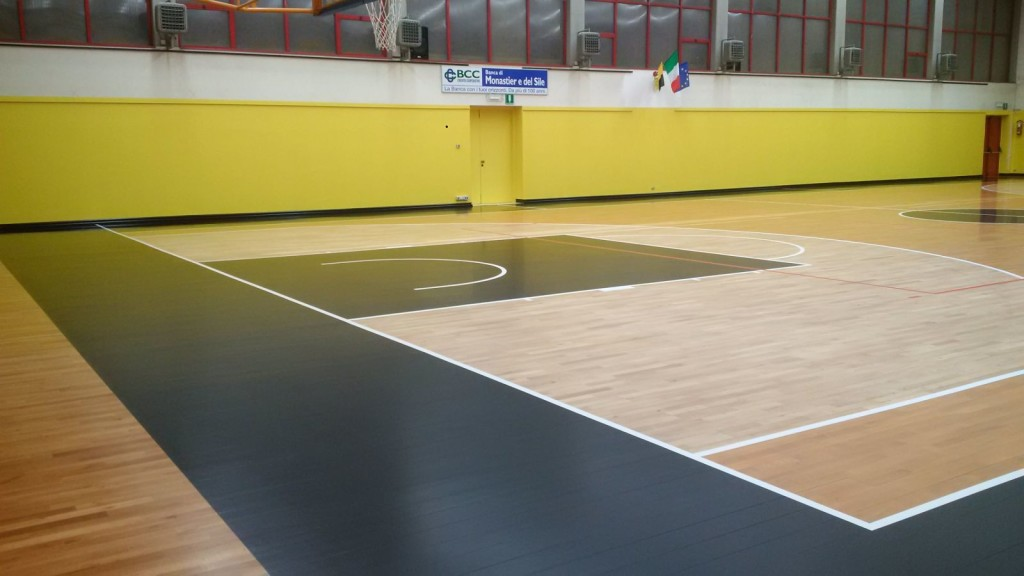 Another detail of the new pitch of Monastier gym after the intervention of Dalla Riva Sportfloors