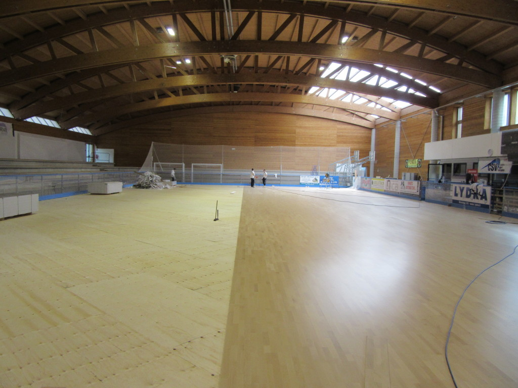 The chosen sports parquet model for the sports hall of Recoaro is called Playwood 4