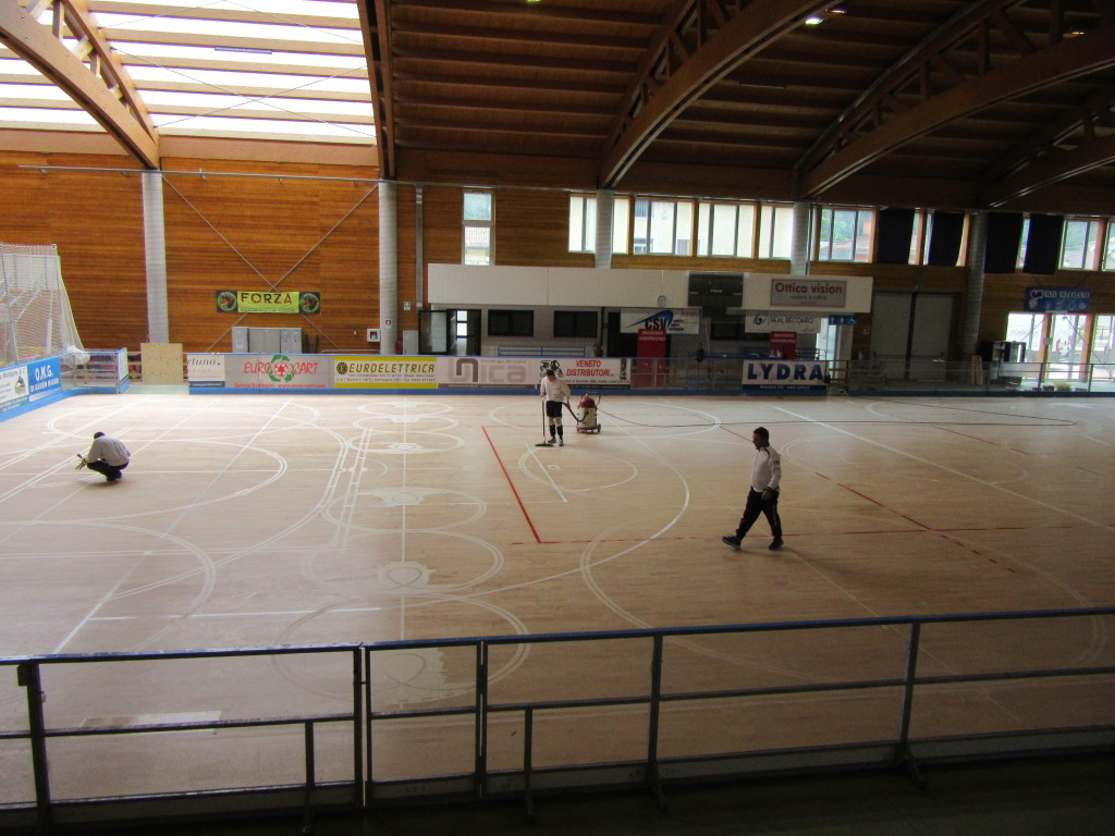 On the new sports parquet of Recoaro there are also the markings for basketball, volleyball and football 5