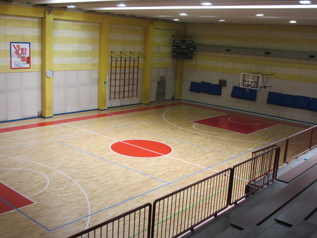 For the sports hall of Riva del Garda it was chosen a Compact 45 model sports flooring FIBA approved