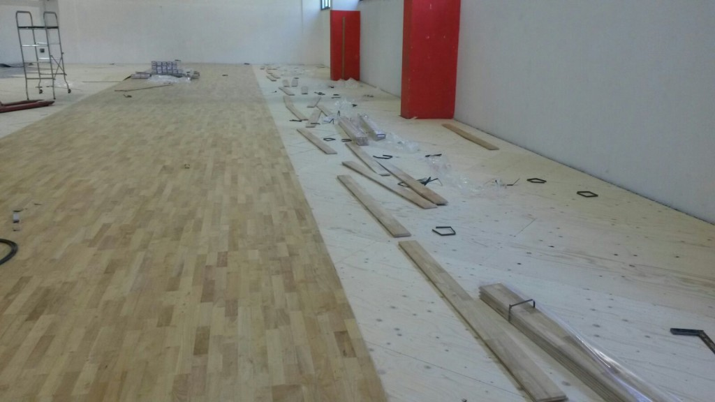 For the Sardinian sports facility it was chosen the Playwood Rubber 22