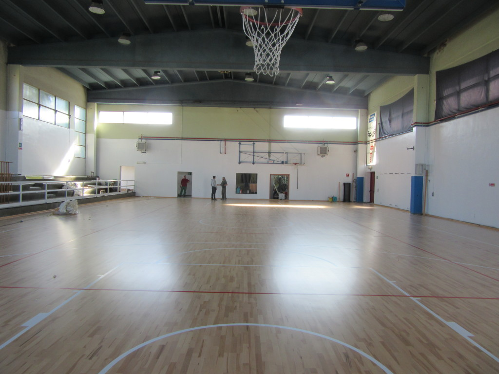 The sports floor laid in the structure in the province of Vercelli is FIBA approved