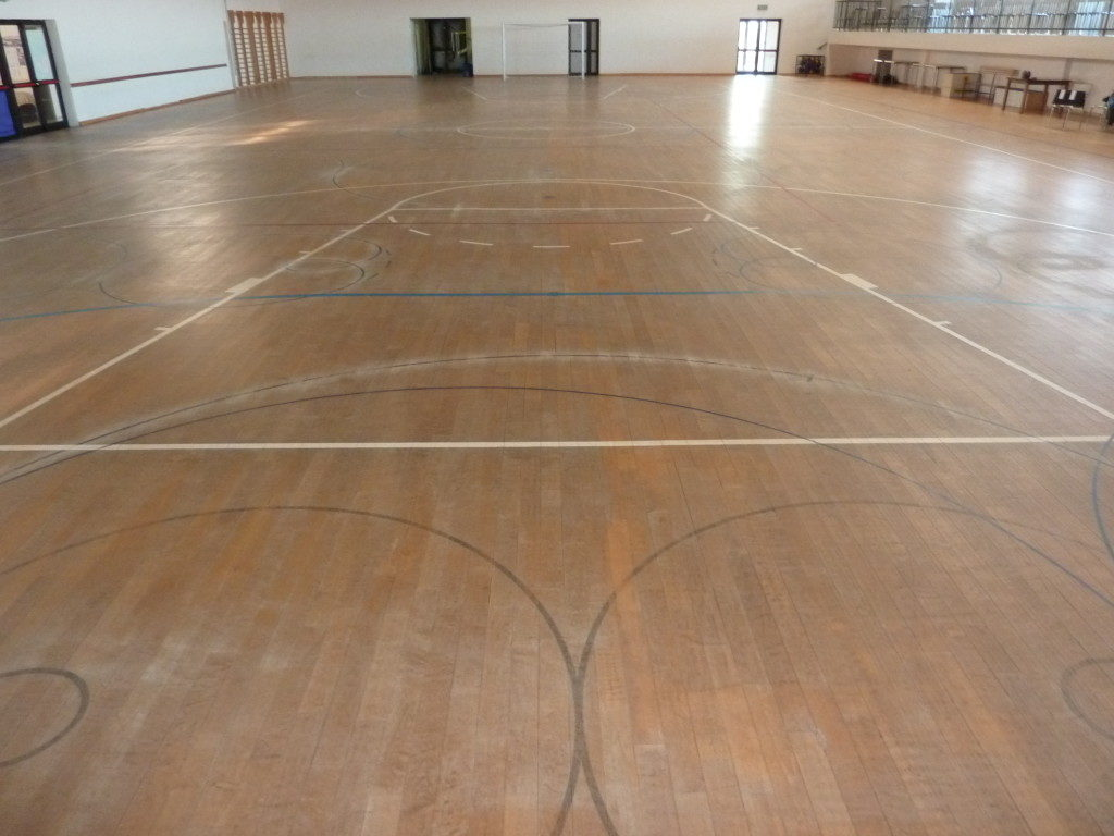 In 14 years, the parquet of Gradisca gym, had never been subject of maintenance