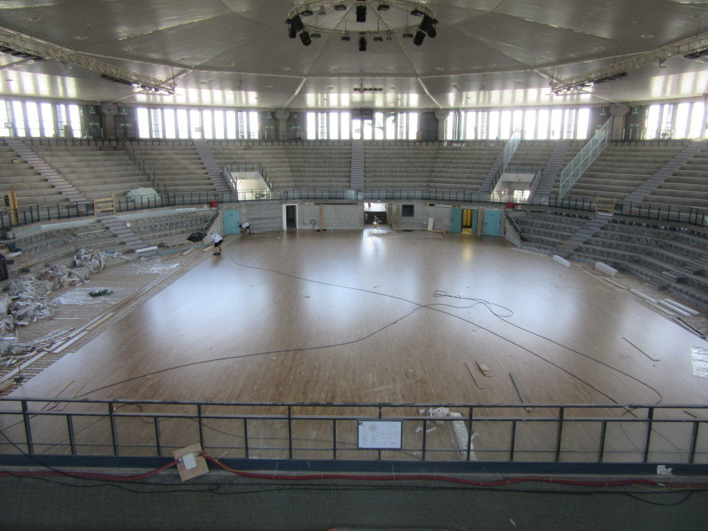 """The sport flooring of """"PalaCarnera"""" has a surface that measures 1100 square meters"""