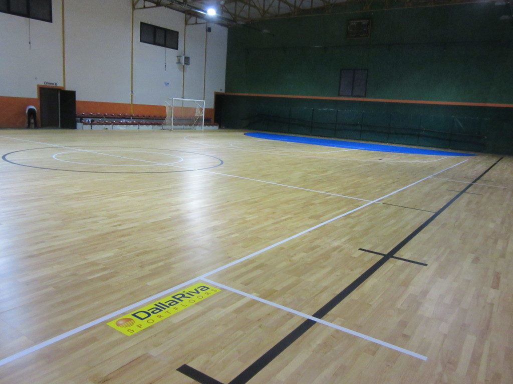 In the province of avellino dalla riva assembled a parquet for Sports flooring