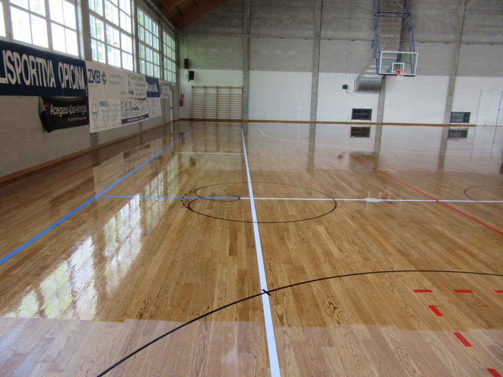 Reported as new, the parquet is treated with paint skating
