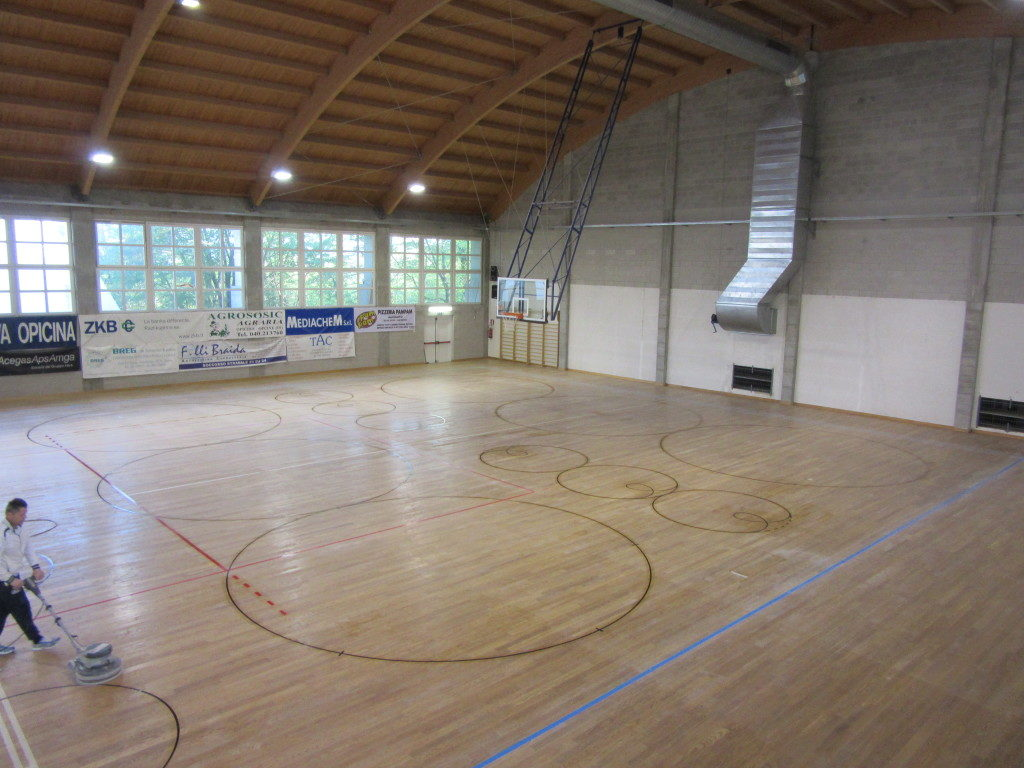 Typical circles drawn on the sports flooring of Opicina gym used by roller skating