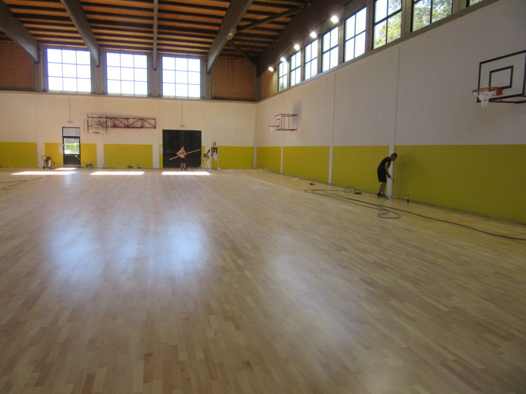 The model chosen for the new gym floor of Novara is a 4 Playwood in beech