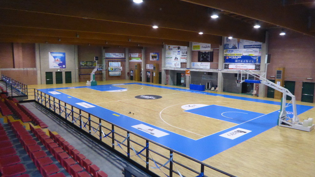 For the new Lombard facility, Dalla Riva Sportfloors chose a pavement by 22 mm substrate thickness from 12 mm