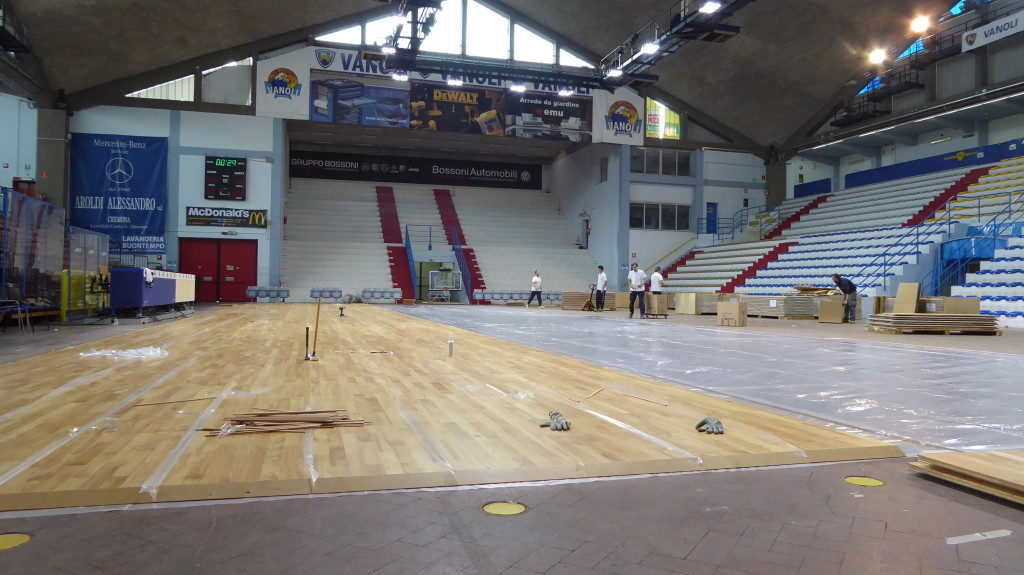 Other assembly steps of removable flooring inside the sports hall