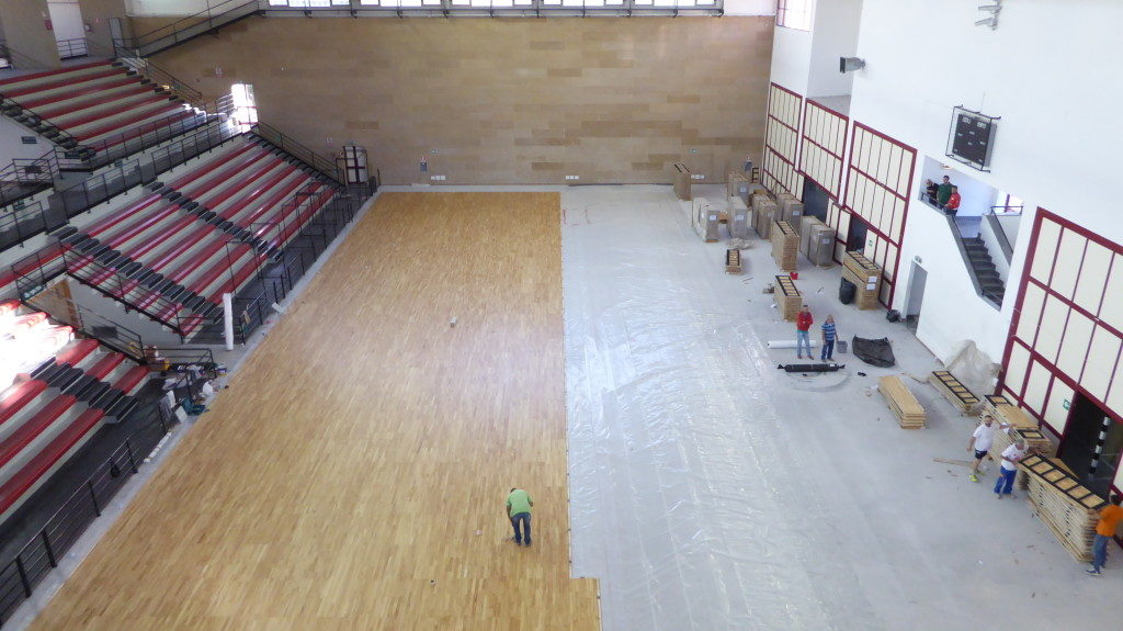 At exactly half of the works of construction of the new sports flooring Dalla Riva Sportfloors to PalaOreto