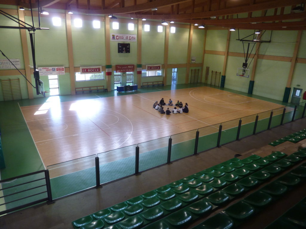 The old pvc flooring in the sports hall of Erba