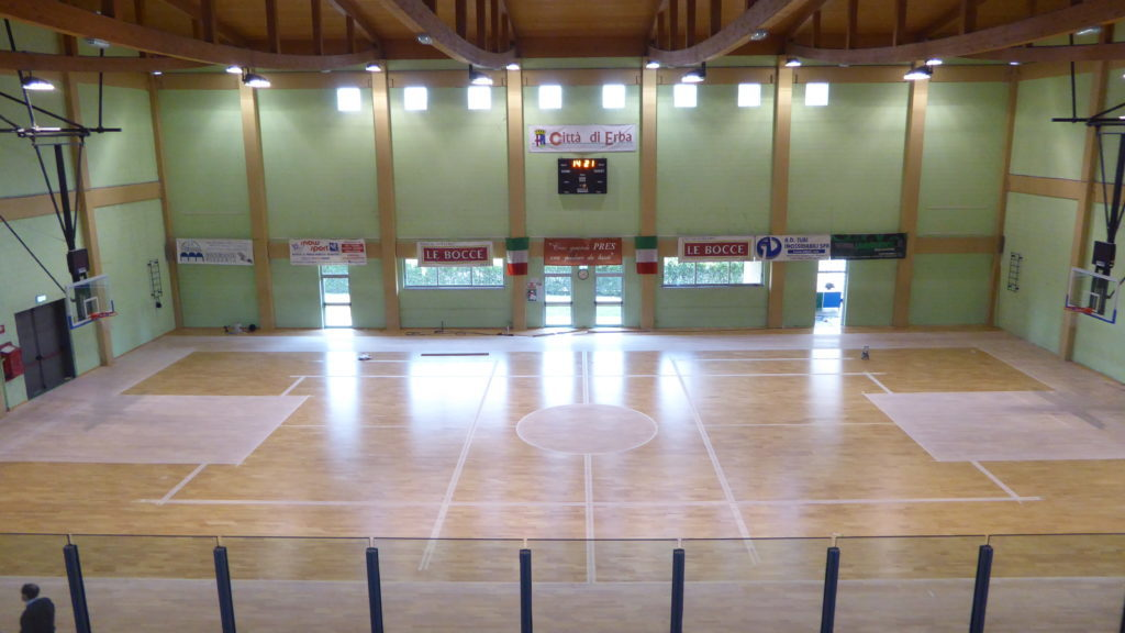 The sports parquet Dalla Riva Sportfloors ready for tracing and coloring play areas