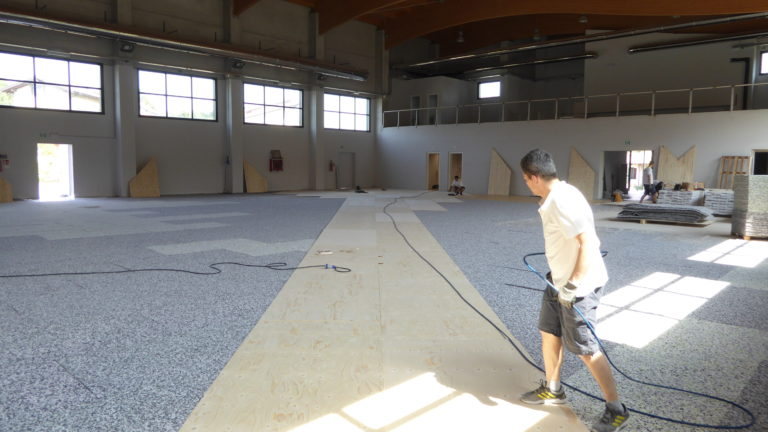 The first stages of laying the new sports flooring Dalla Riva Sportfloors in Paruzzaro