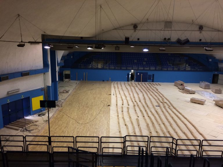 Approximately 1200 square meters of surface intended mainly for volleyball, gymnastics and martial arts