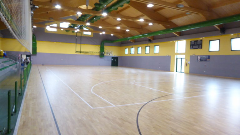 The surface of the wooden floor replaced in the Franchetti gymnasium measures almost a thousand square meters
