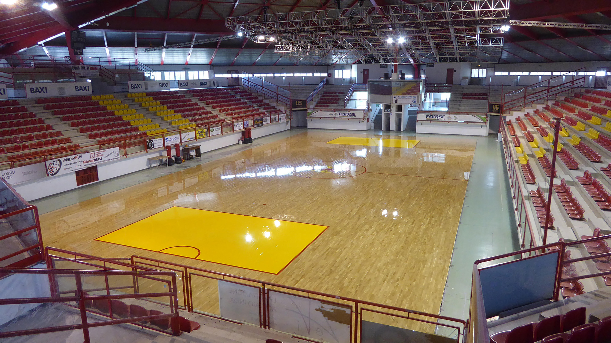 Bassano del grappa new sports parquet for the sports hall of hockey - Cucine bassano del grappa ...