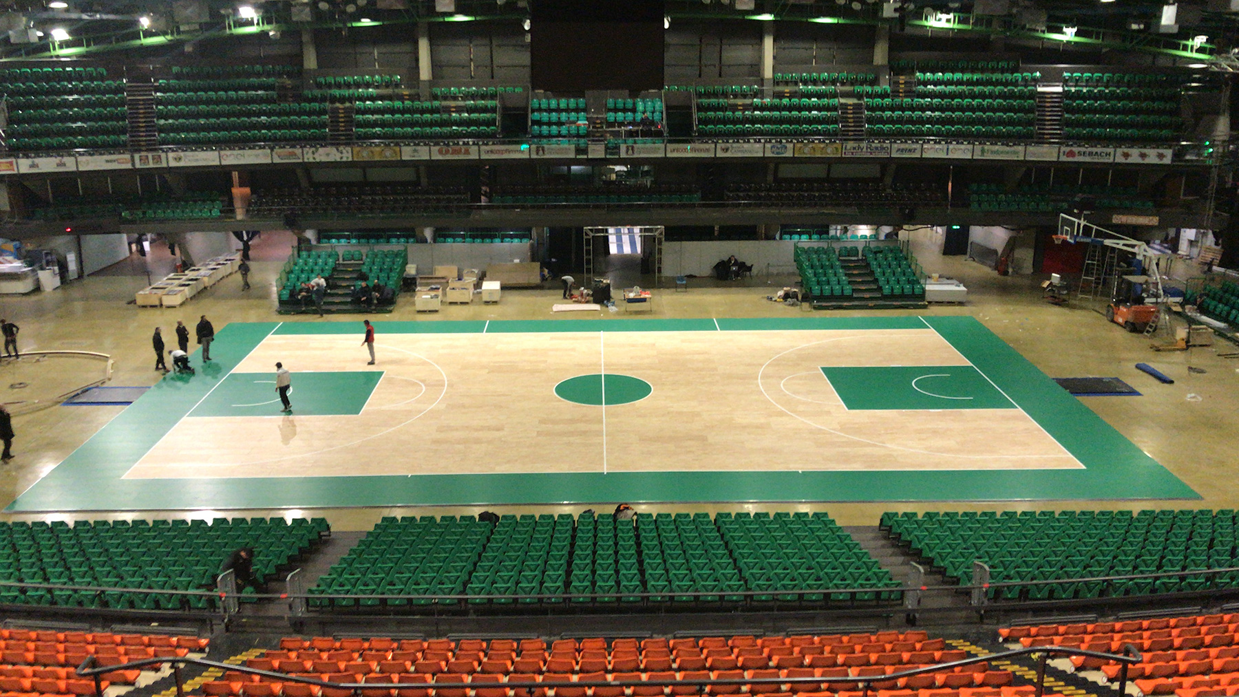 Everything is ready! The new removable sports floor DR awaits you at the Nelson Mandela Forum in Florence from 15 to 18 February