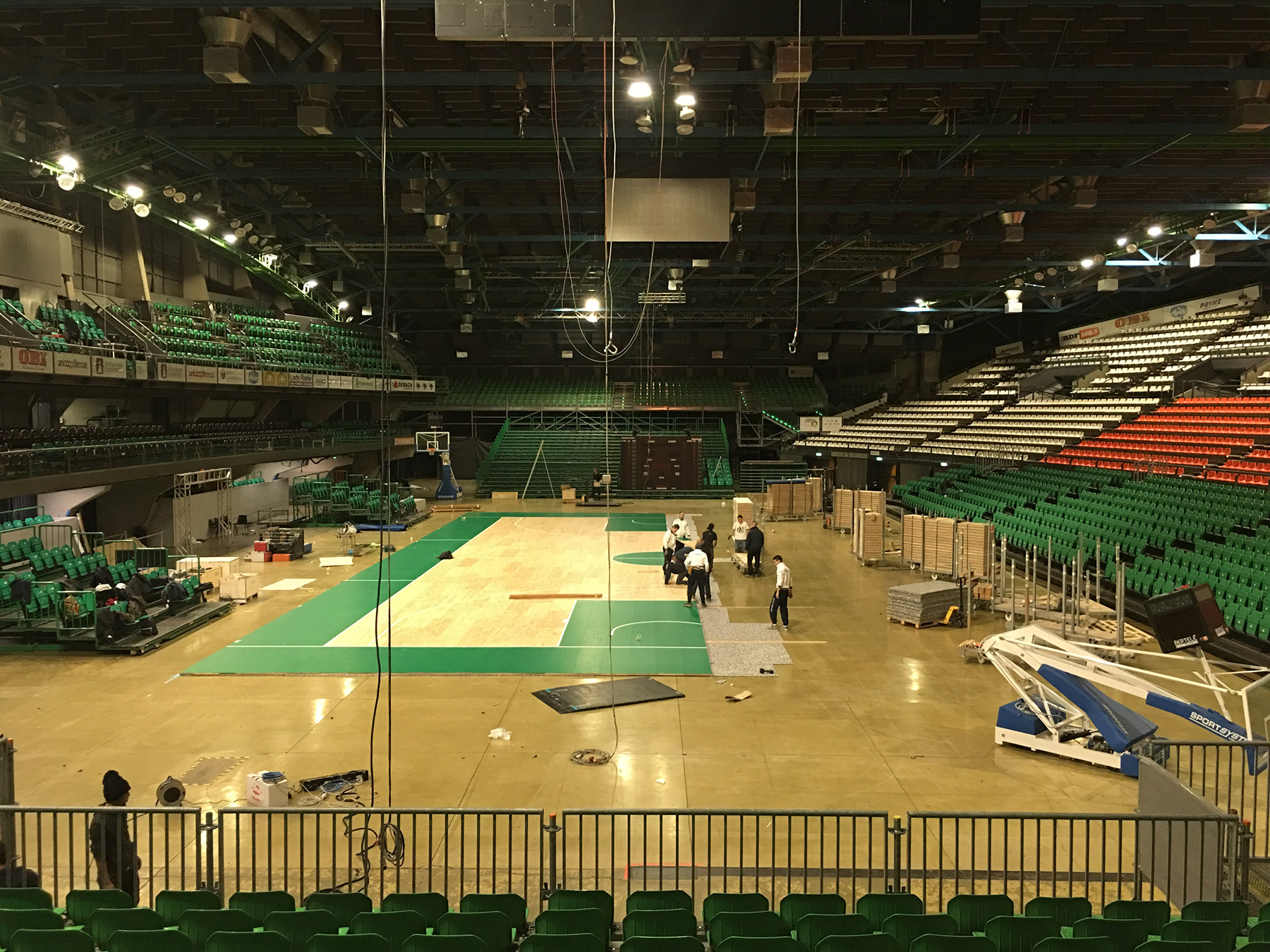 The new portable parquet Dalla Riva will frame the champions of Italian basketball