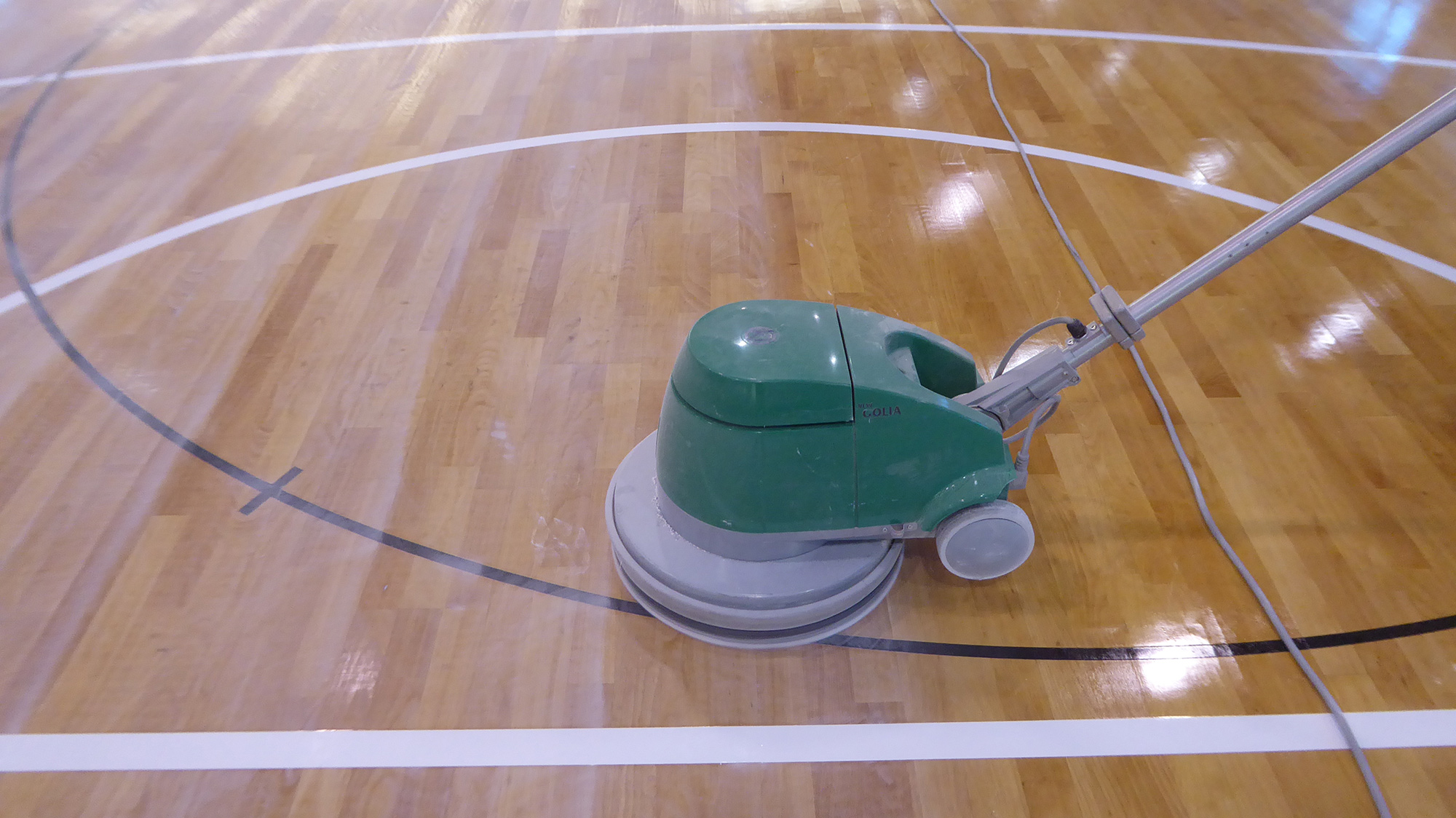 New restyling for the parquet of the Vicenza gym