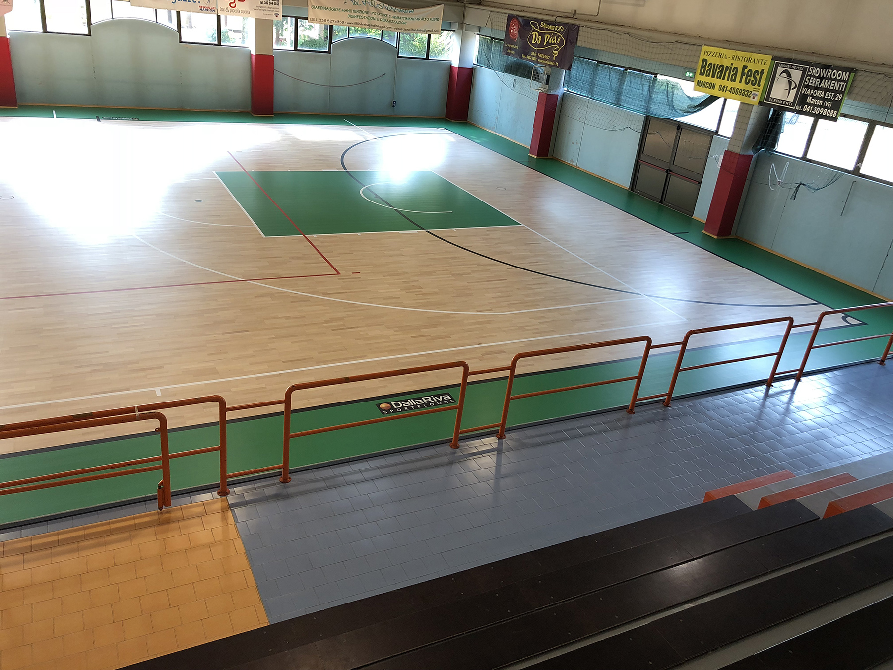The technicians Dalla Riva in just 5 days have changed the look of the sports hall of Marcon