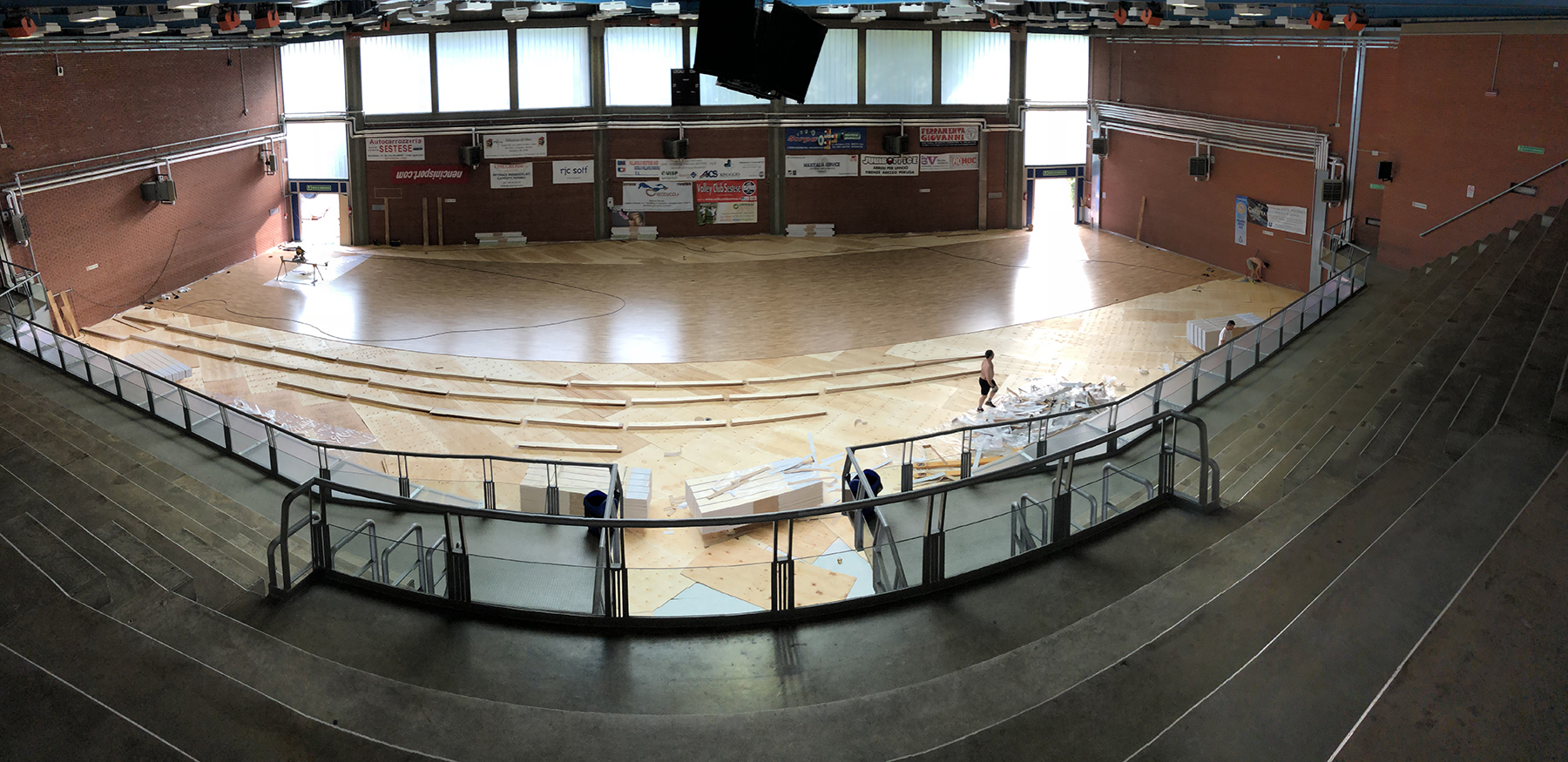 The laying of the sports parquet in oak