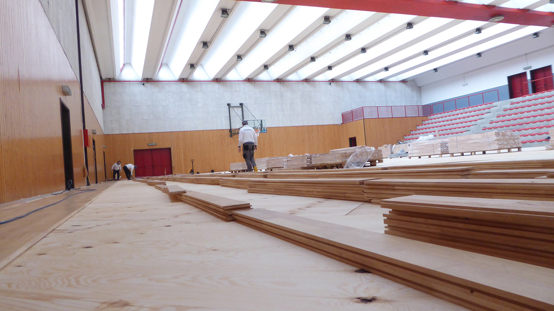 Another perspective of laying parquet