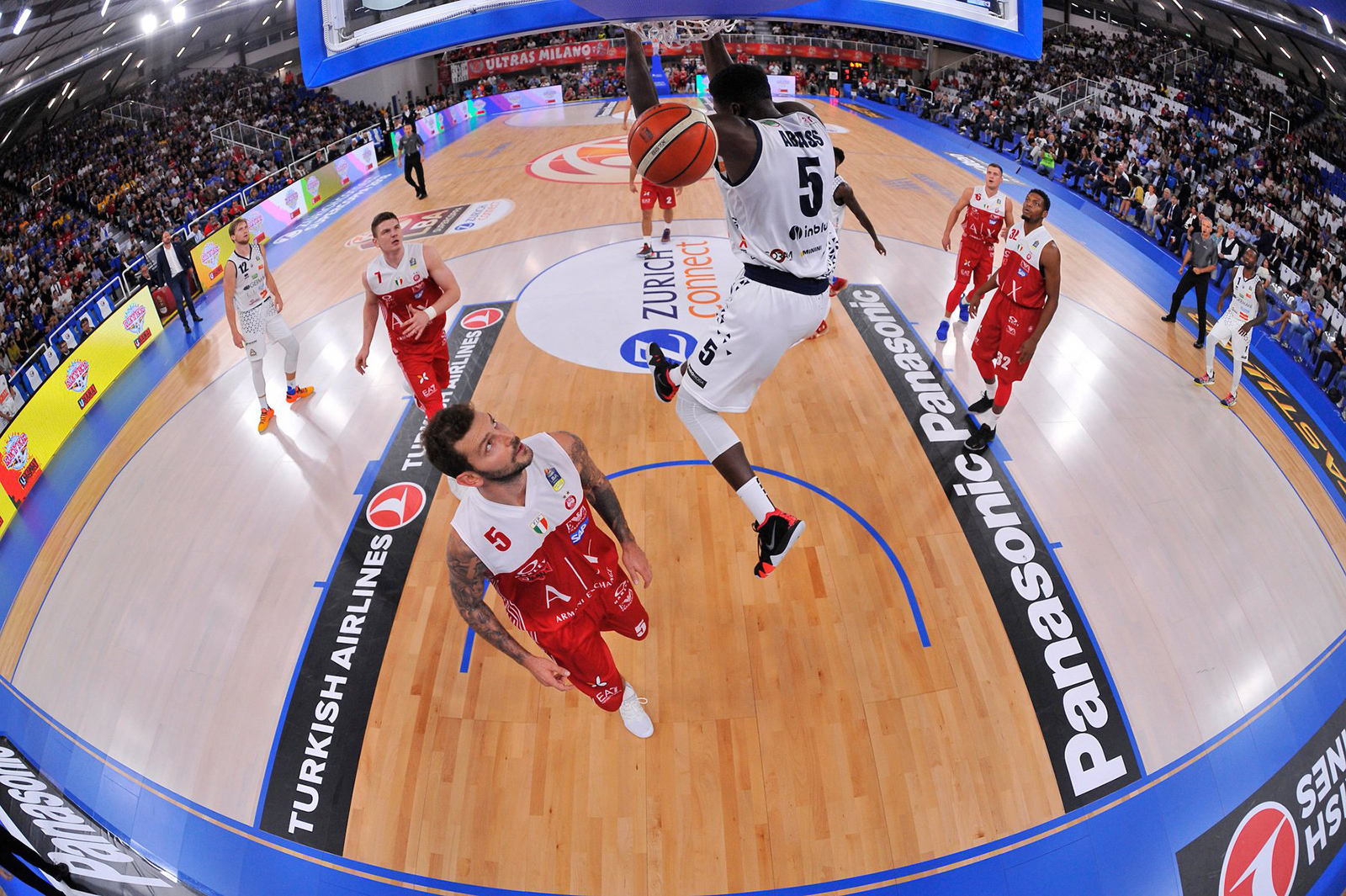 The portable parquet Dalla Riva triumphs in the Basketball Super Cup 2018