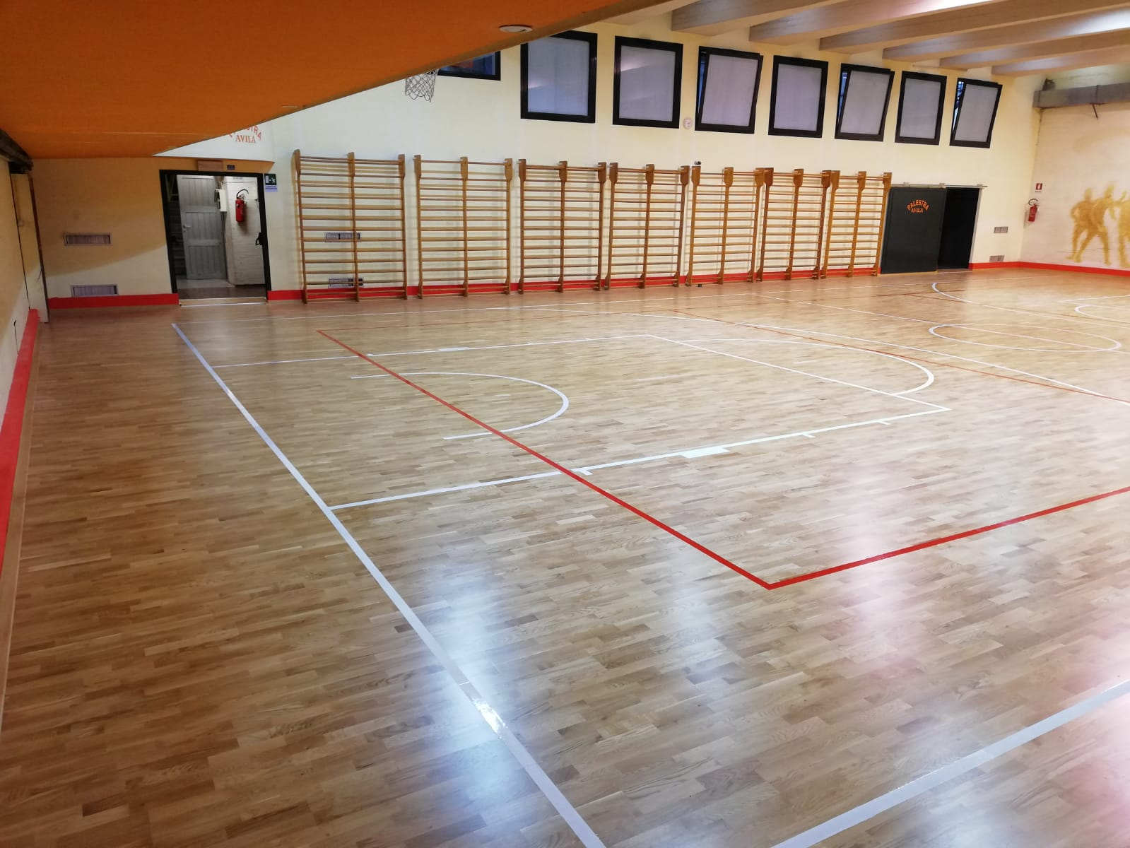 The new Playwood S.14 certified FIBA parquet