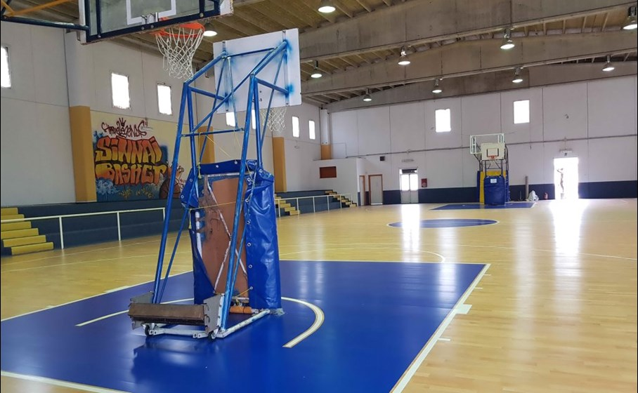 The second sports facility: another flooring exclusively for basketball