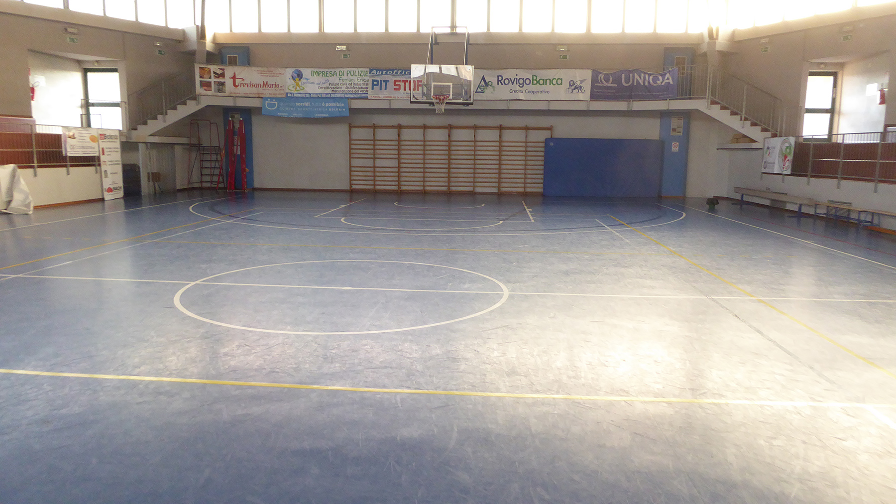 How the flooring presented itself before the intervention of Dalla Riva Sportfloors