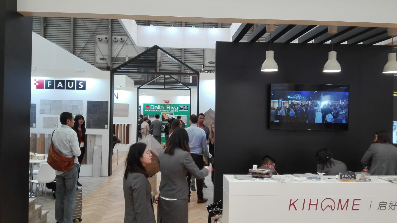 Even from a distance, the Dalla Riva stand makes itself known