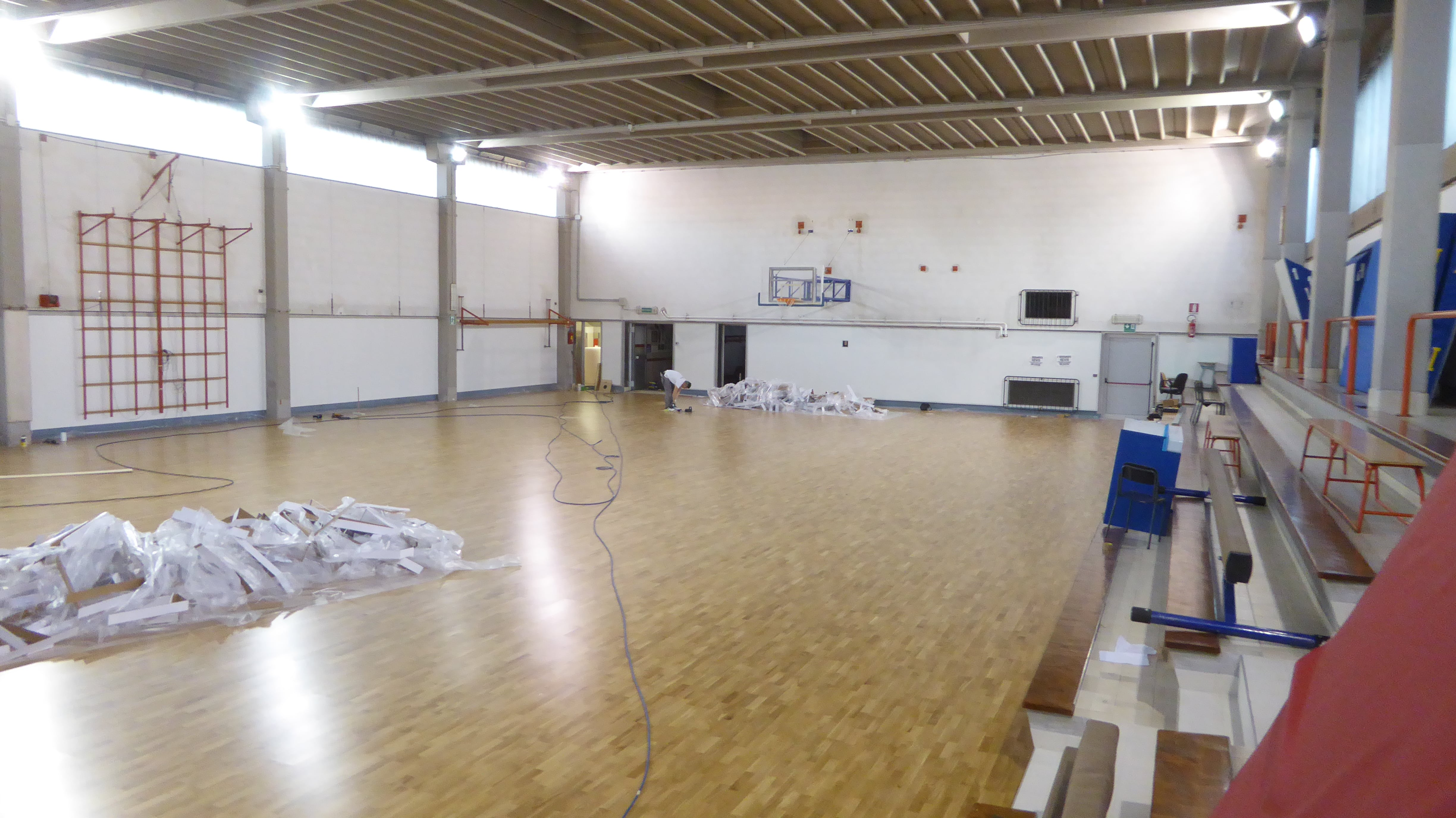 The installation of the parquet is completed