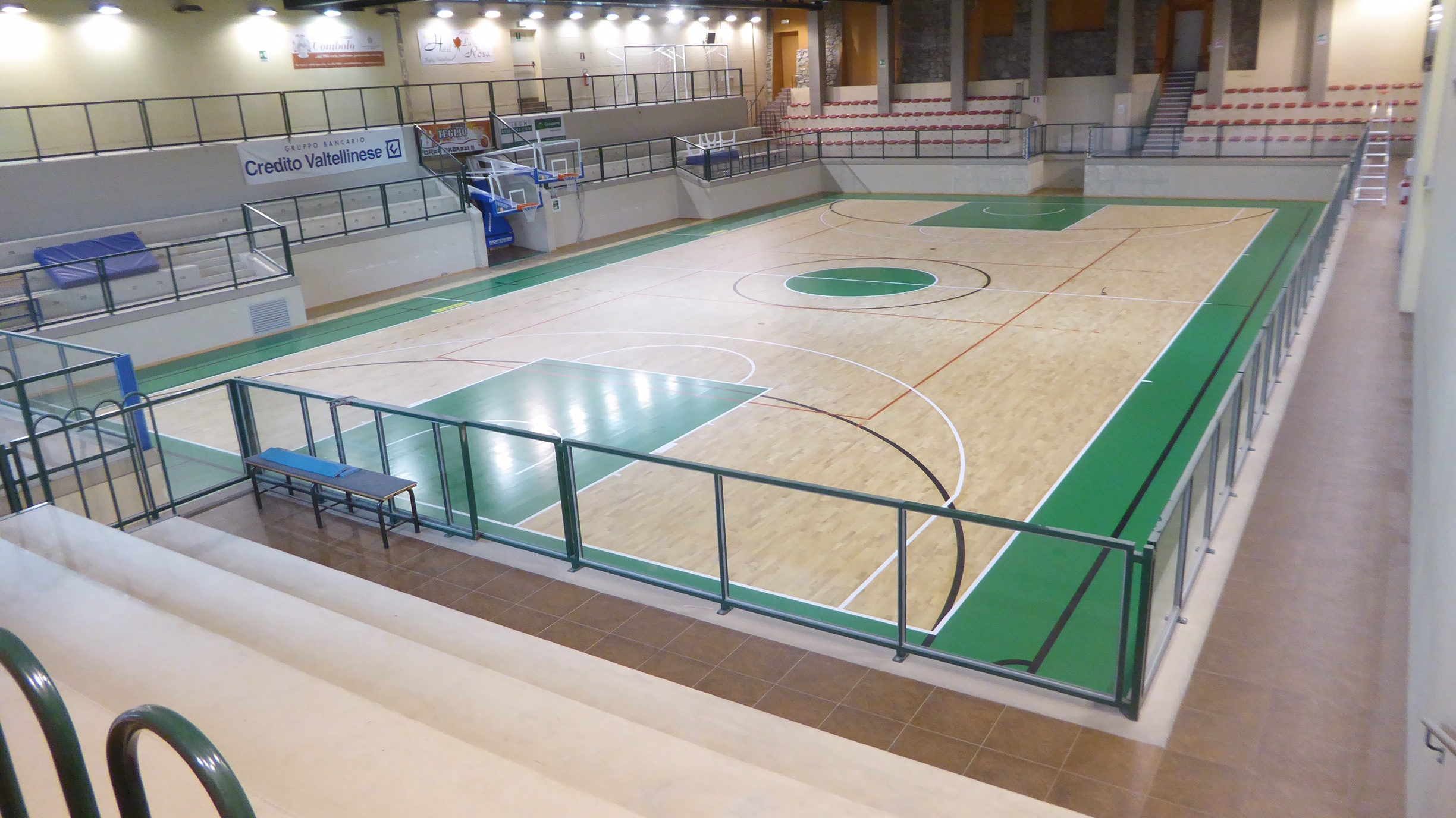 The Dalla Riva parquet is ready to host the preparation of a professional team