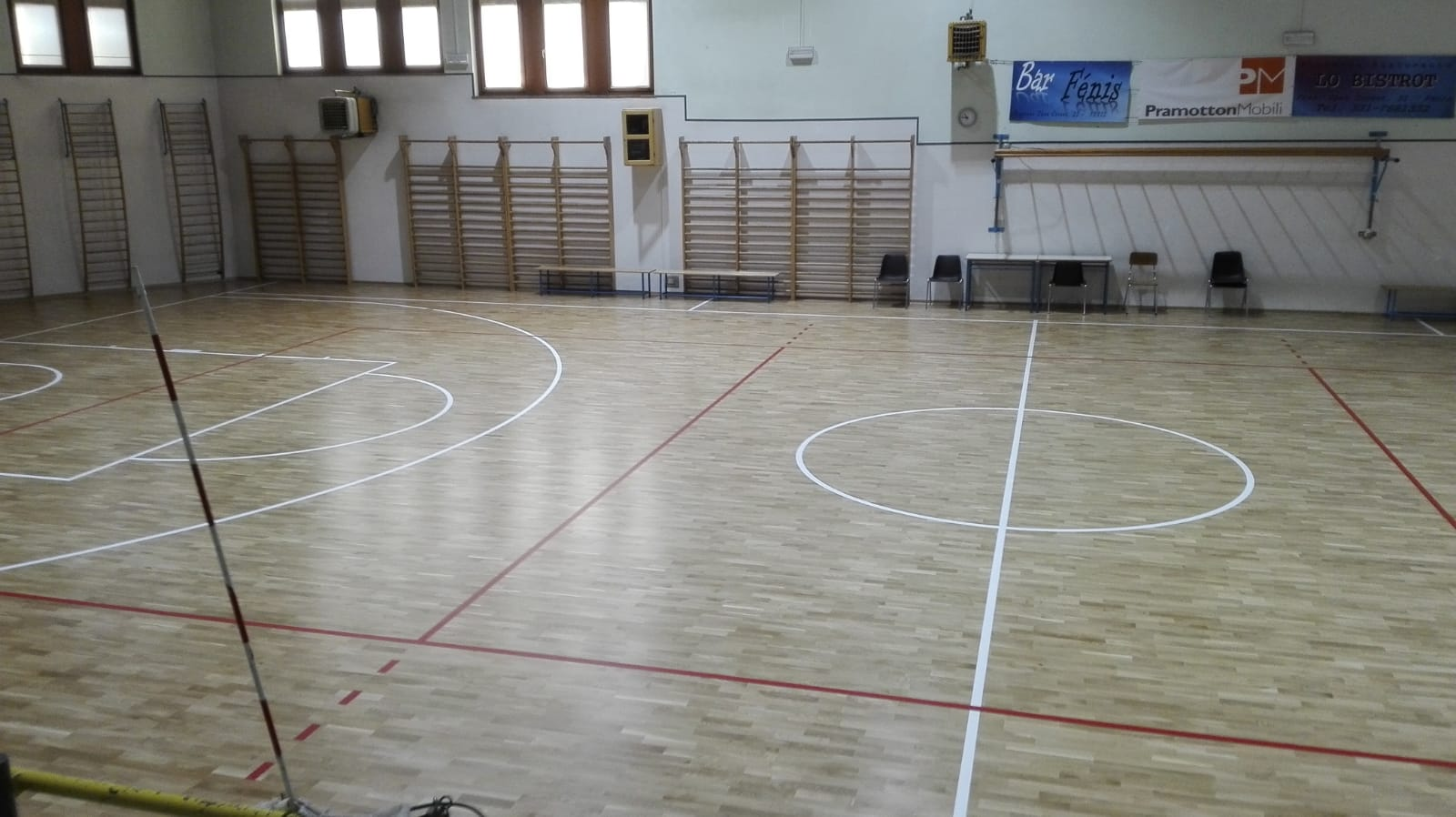 FIBA approved parquet in the Fenis gym