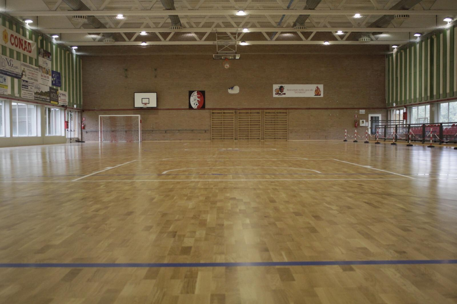 The new sports parquet designed by Dalla Riva Sportfloors in the municipal gym of Sant'Agata Bolognese (BO)