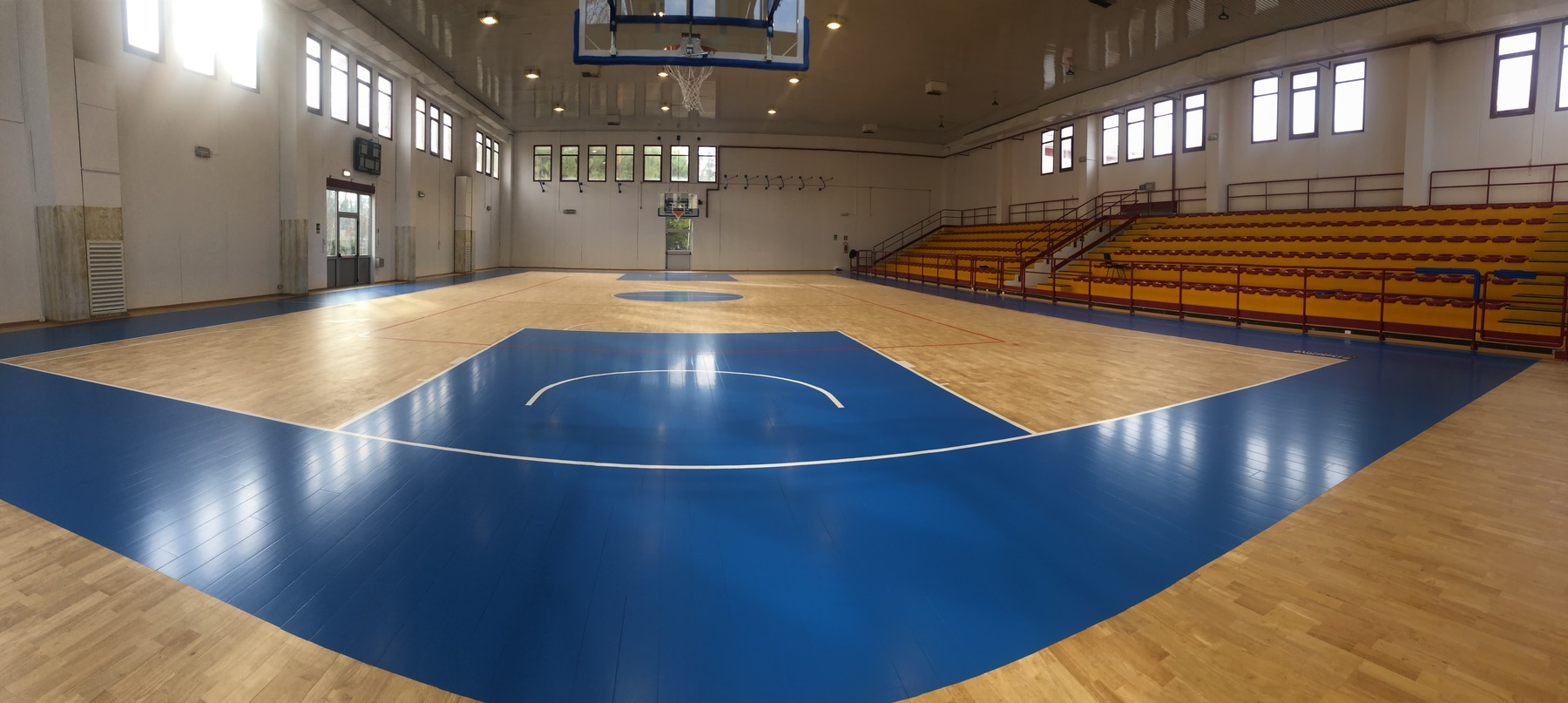 A sports floor in solid wood